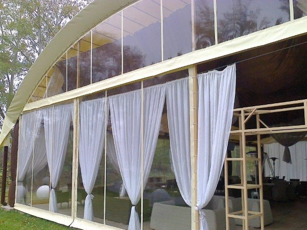 Мягкие окна для беседок ресторана