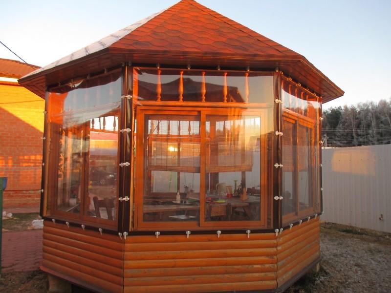 Мягкие окна для веранды на осень