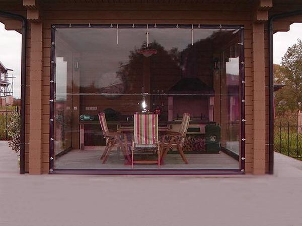 Мягкие окна из ПВХ для беседок
