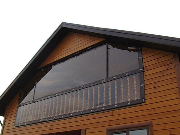 мягкие окна для балкона коттеджа