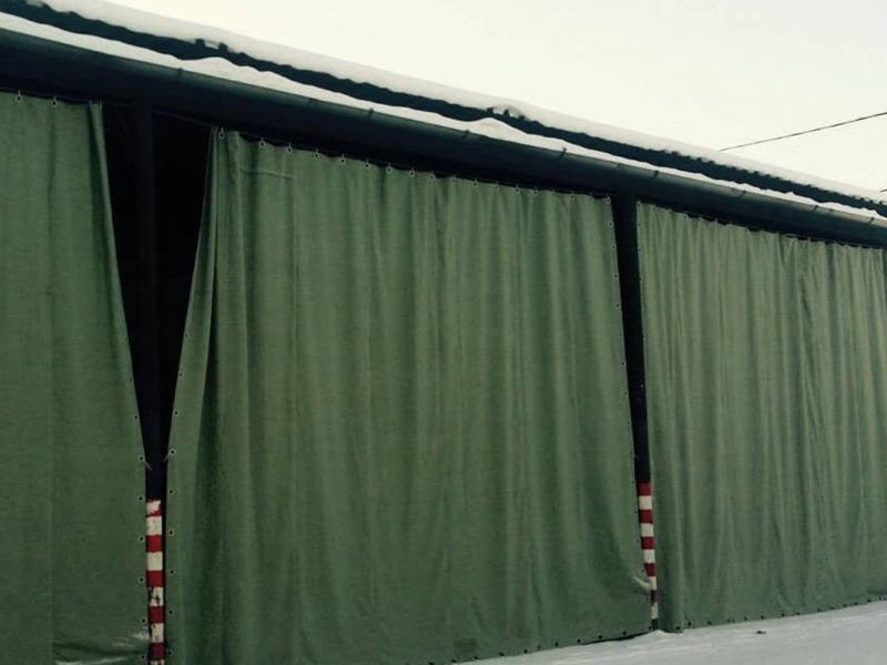 утепленная штора брезентовая для склада из брезента