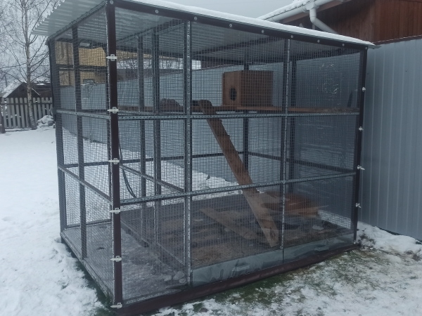 мягкое окно для вольера с животными и будки